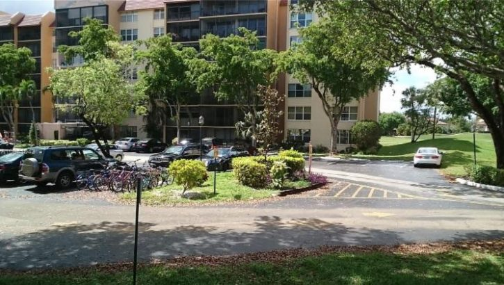 3771 Environ Blvd APT 152, Lauderhill, FL 33319