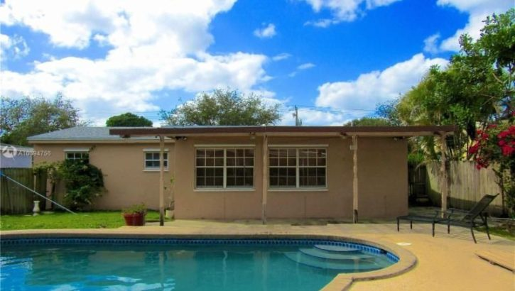 2913 SW 68th Ave, Miramar, FL 33023