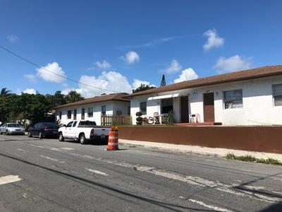 2009 Division Ave, West Palm Beach, FL 33407