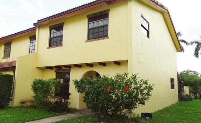 2701 NW 47th Ln. Lauderdale Lakes, FL 33313