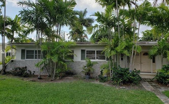 420 NE 146th St. North Miami, FL 33161