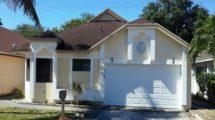 935 W. Maple St. North Lauderdale 33068