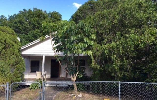 618 S 11th St. Fort Pierce, FL 34950