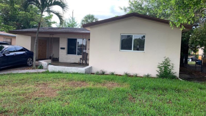 3611 NW 8th Pl, Fort Lauderdale, FL 33311