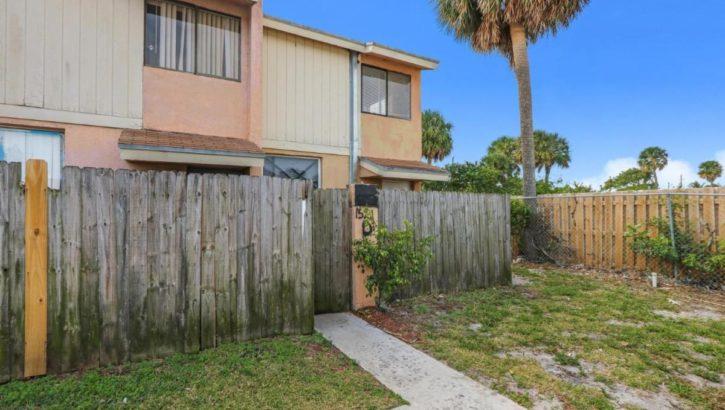 1521 W 26th Ct D, Riviera Beach, FL 33404