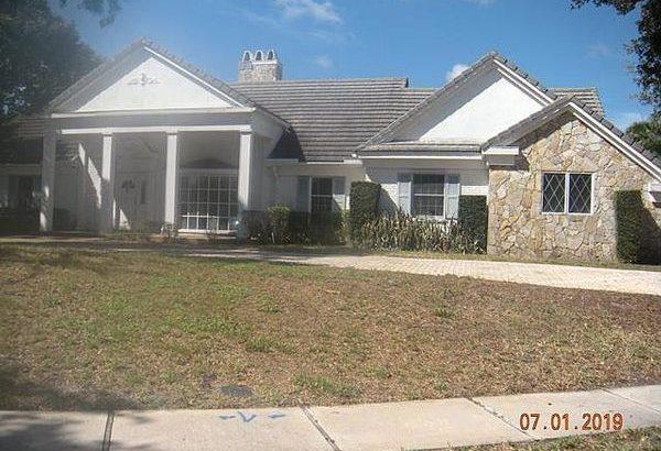 3010 Equestrian Dr, Boca Raton, FL 33434