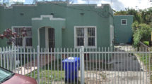 670 NW 44th St, Miami, FL 33127
