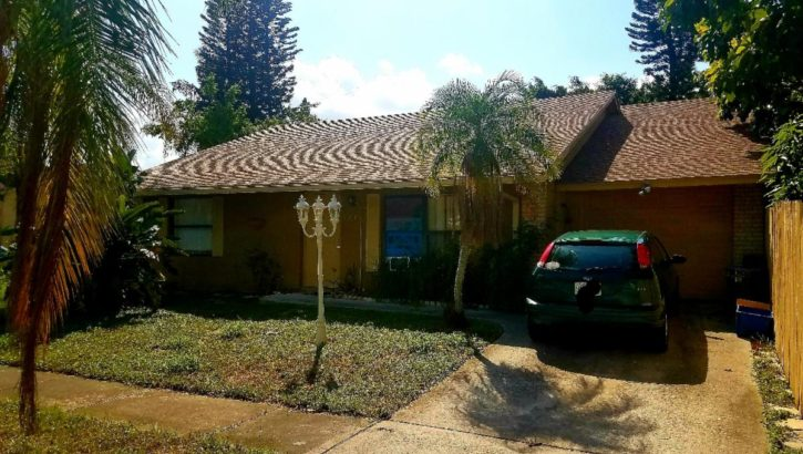 5719 Ithaca Cir E, Lake Worth, FL 33463