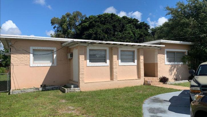 1055 NE 144th St, North Miami, FL 33161