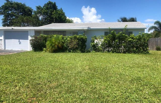 153 SE 30th Ave, Boynton Beach, FL 33435