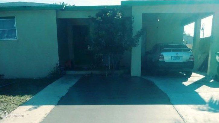 951 W 5th St, West Palm Beach, FL 33404