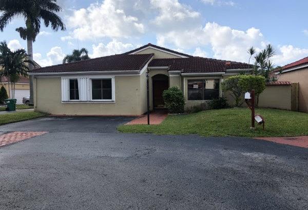 434 SW 87 Ct, Miami 33174