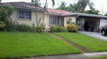 885 Gardenia Ln, Plantation, FL 33317