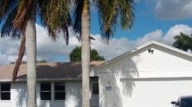 92 W Pine Tree Ave, Lake Worth, FL 33467