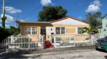 405 NW 64th St, Miami, FL 33150