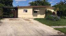 5679 S Rue Rd, West Palm Beach, FL 33415