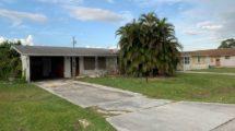 2467 SE Harrison St, Stuart, FL 34997
