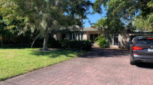 1007 S Lakeside Dr, Lake Worth, FL 33460