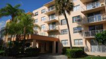470 Executive Center Dr APT 4L, West Palm Beach, FL 33401