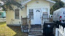 323 N B St, Lake Worth, FL 33460