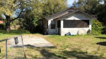8828 Dyer Rd, Riverview, FL 33578