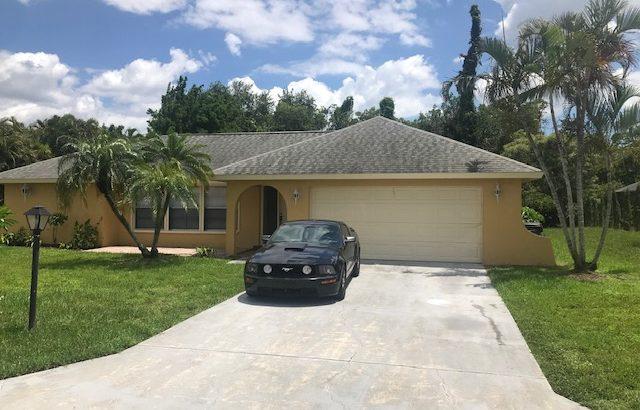 918 Deep Lagoon Ln, Fort Myers, FL 33919