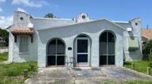 735 Hunter St, West Palm Beach, FL 33405