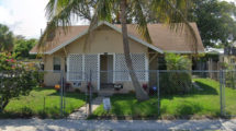3201 Pinewood Ave, West Palm Beach, FL 33407