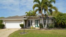 2236 Vintage St, Sarasota, FL 34240