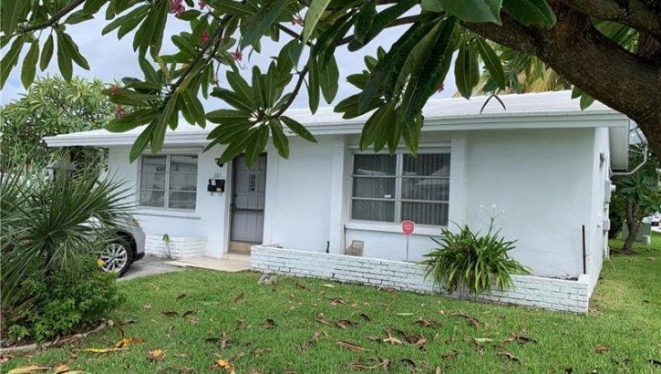 381 NW 25th Ct, Pompano Beach, FL 33064