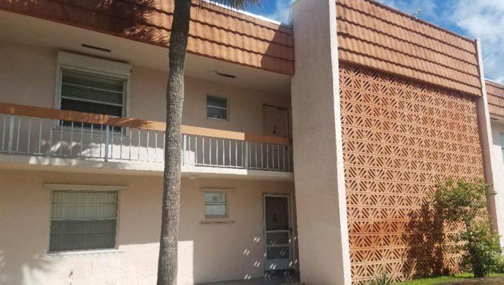 7610 Stirling Rd # 207-E, Hollywood, FL 33024
