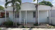 21459 NW 40th Cir Ct, Miami Gardens, FL 33055