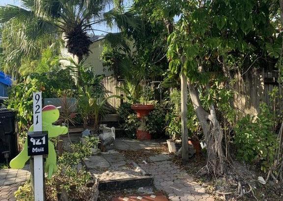 921 Sumter Rd W, West Palm Beach, FL 33415