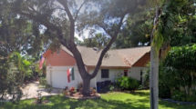 2263 Pine View Cir, Sarasota, FL 34231