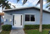 1529 Arthur St, Hollywood, FL 33020