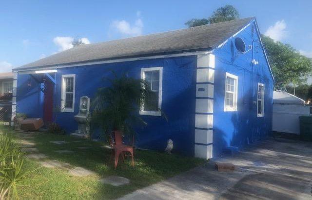 1157 W 32nd St, West Palm Beach, FL 33404