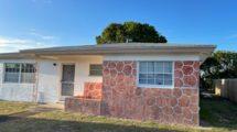 1496 W 32nd St, West Palm Beach, FL 33404