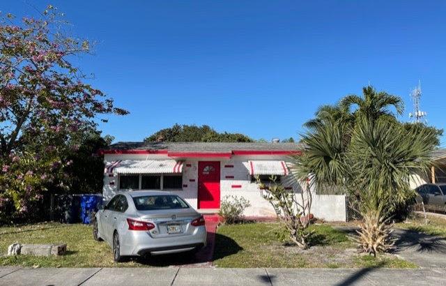 4591 SW 19th St, West Park, FL 33023