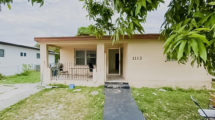 1113 NW 103rd St, Miami, FL 33150