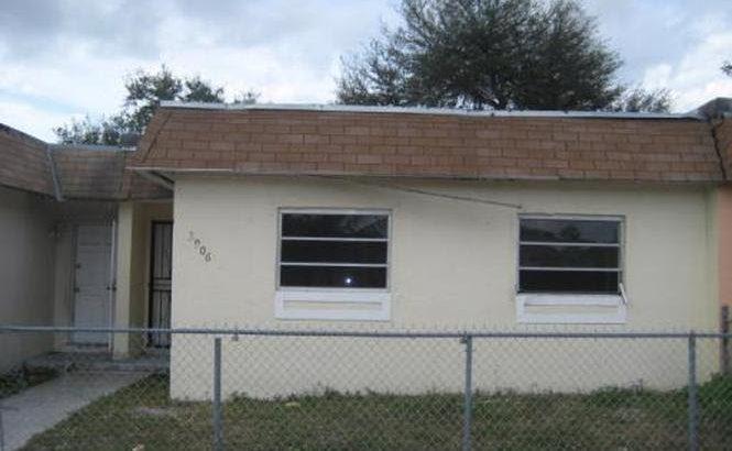 3906 NW 207th St, Miami Gardens, FL 33055