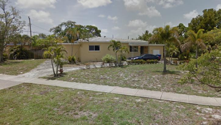 xxx E. Dayton Cir., Ft. Lauderdale FL